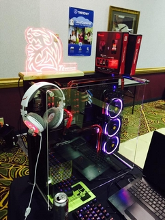 Thermaltake Sponsors PDXLAN 26 and Quakecon 2015