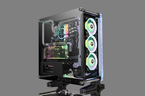 曜越DistroCase™ 350P中直立式強化玻璃水道板機殼